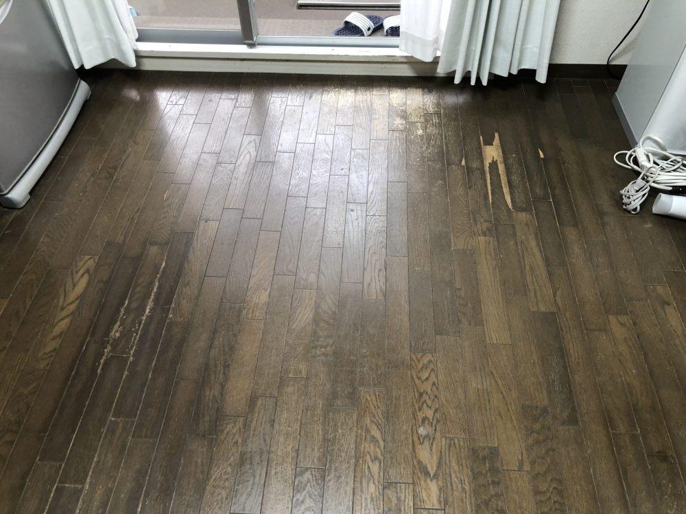 福岡県糸島市で床補修「フローリング剥がれと日焼け部分補修」
