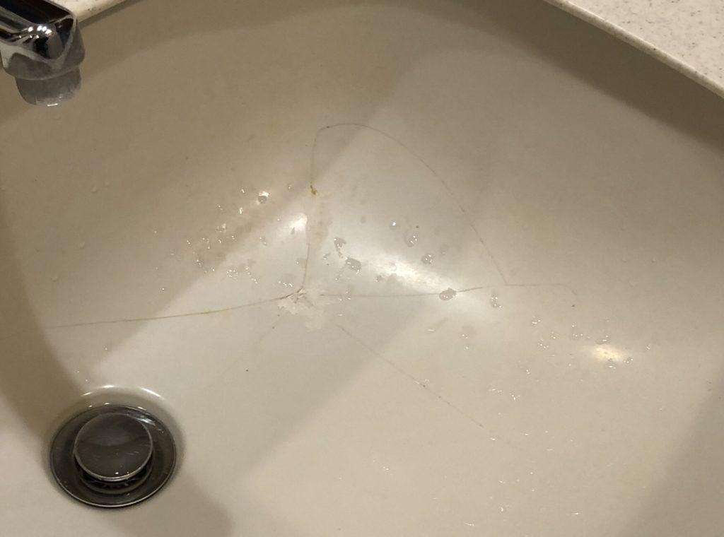 洗面ボウルのひび割れはリペアで直せます【福岡県小郡市で再生塗装】