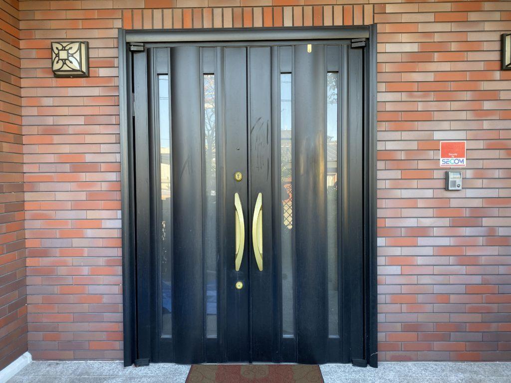 アルミ玄関ドア塗装【BEFORE】