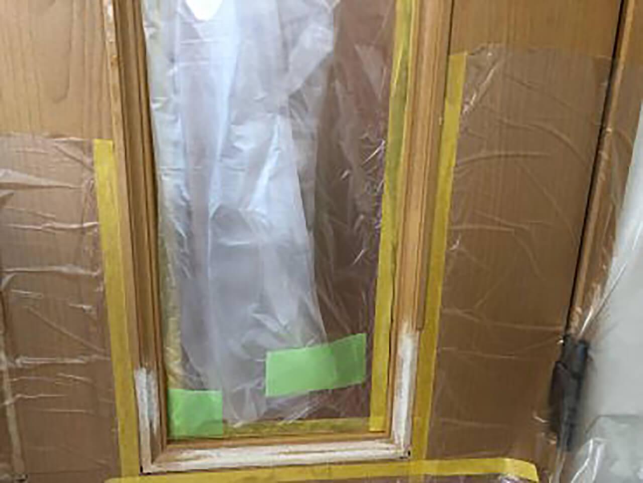 ドア修理途中